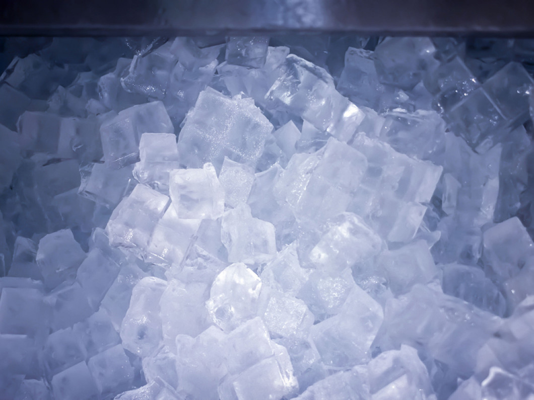 Commercial Ice Machines & Coolers